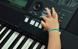 Games-to-teach-children-music-t